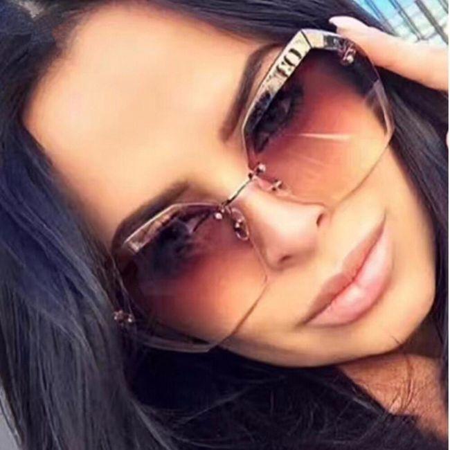 Dámské sluneční brýle SG399 1