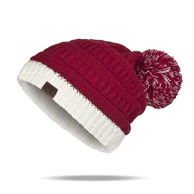 Ženska zimska kapa sa kikicom Macy 1