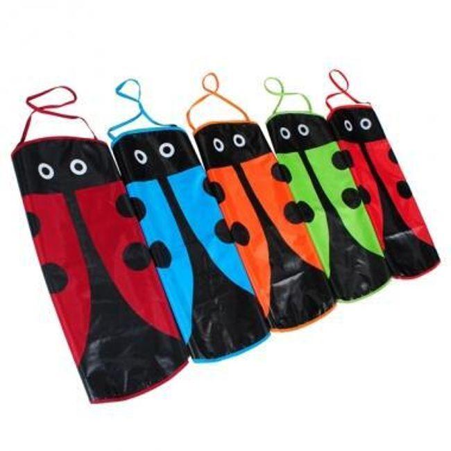 Dziecięcy fartuszek w kształcie biedronki - oferujemy 4 kolory 1