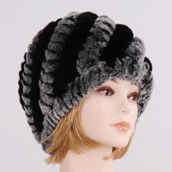 Женская зимняя шапка WC62