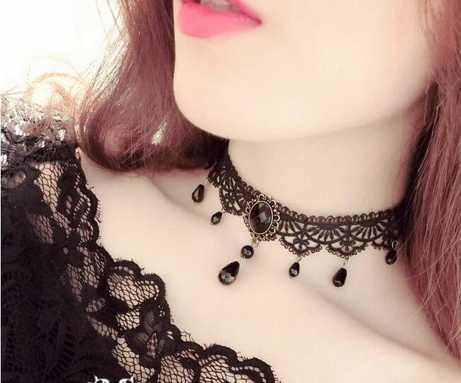 Choker náhrdelník v černé barvě 1