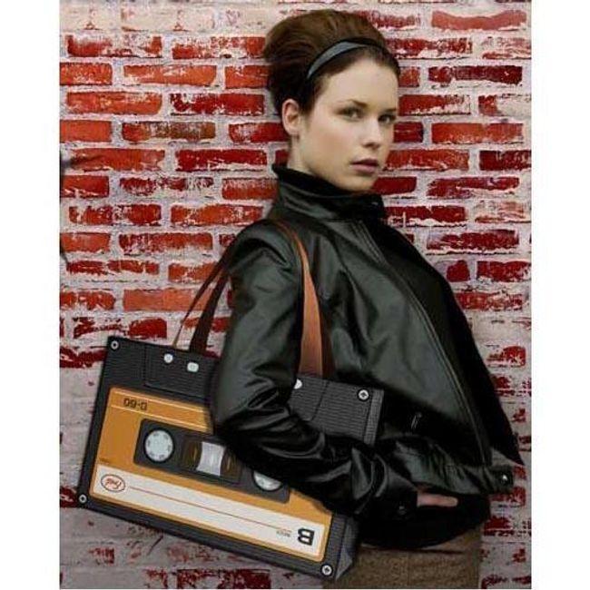 RETRO taška ve stylu MC kazety - žlutá nebo červená barva 1