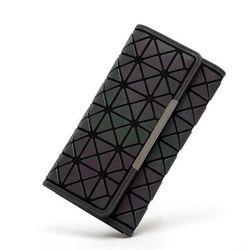 Holograficzny portfel damski w eleganckim stylu