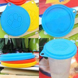 Plastikowa pokrywa do psich konserw