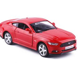 Model auta Ford Mustang 2015
