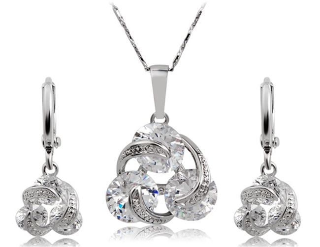 Elegantní sada šperků se třpytivými kamínky 1