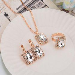 Sada šperků v retro provedení Bílá Bílá