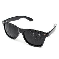 Перфорирани очила за тренировка на зрението и почивка на очите