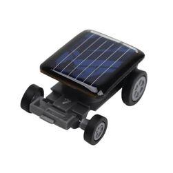 Mașină cu energie solară