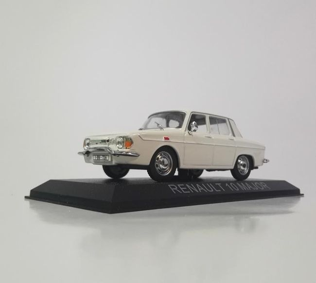 Model samochodu Renault 10 Major 1