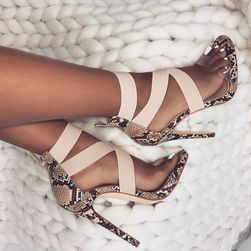 Pantofi cu toc de damă DV127