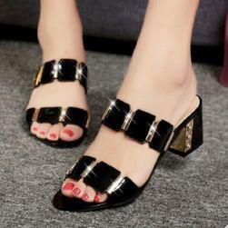 Cipele na petu Elettra