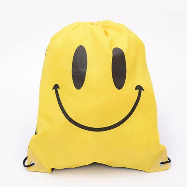 Hátsó táska mosolyogva 1