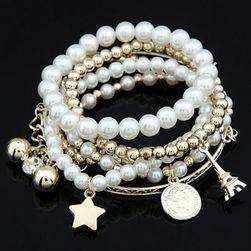 Višeslojna narukvica sa perlama i privescima