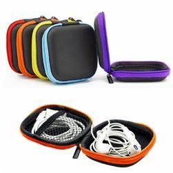 Etui na słuchawki - kombinacja dwu kolorów
