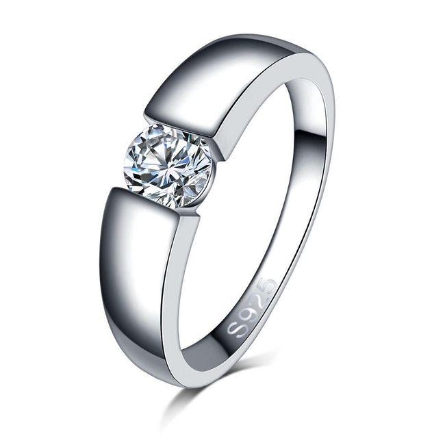 Dámský zásnubní prsten s kamínkem 1