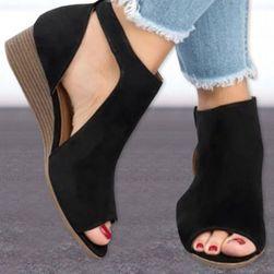 Dámské sandály na klínku Jennys