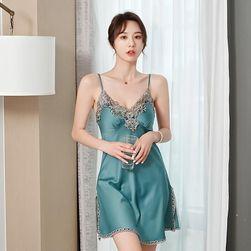 Женская ночная сорочка Akela