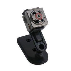 Autós DVR kamera éjjellátóval