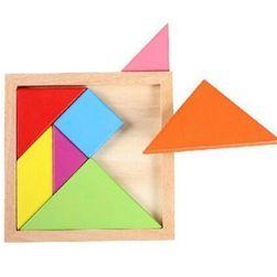 Kis gyermekek puzzle geometriai alakzatokkal