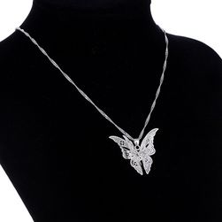 Ženski lanac sa 3D leptirima