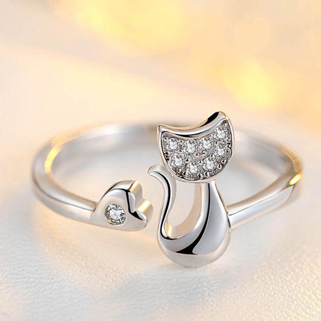 Prsten sa macom i srcem 1