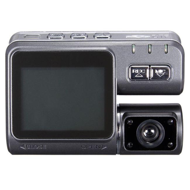 Kamera za vetrobransko steklo z obračljivo lečo in HD rezolucijo 1