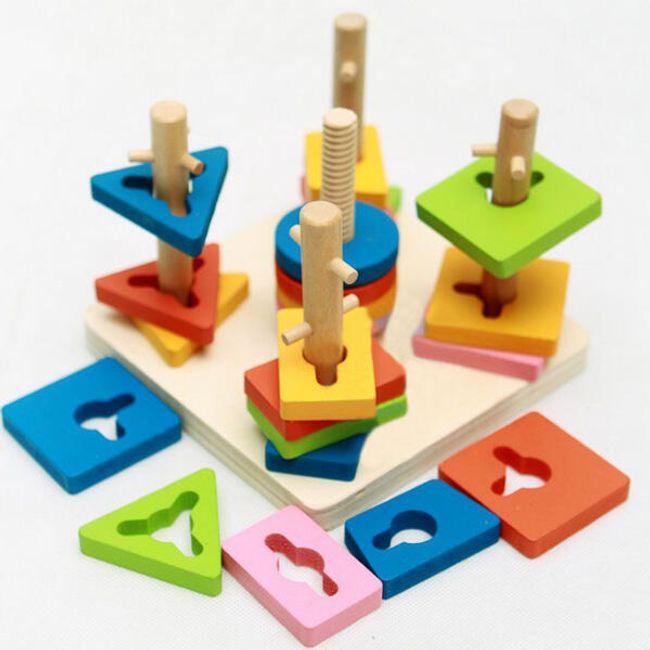 Dřevěná vzdělávací hračka s barevnými destičkami 1