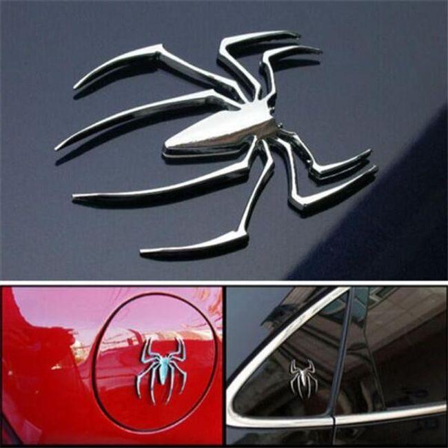 Автомобильная наклейка в виде паука 1