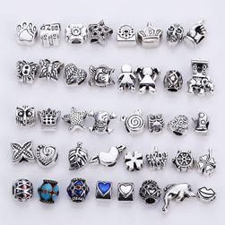 Set perli za izradu sopstvenog nakita ili dekoraciju - 40 komada