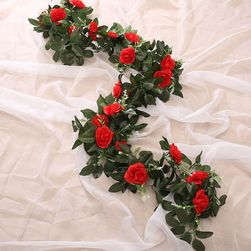 Sztuczne róże na słup - różne wariantyu