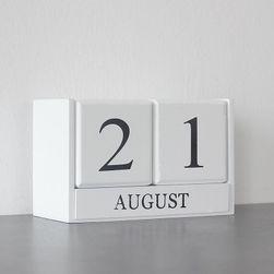 Dřevěný kalendář Lizzi