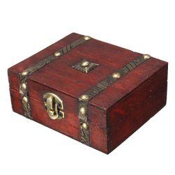 Dřevěná šperkovnice ve vintage stylu