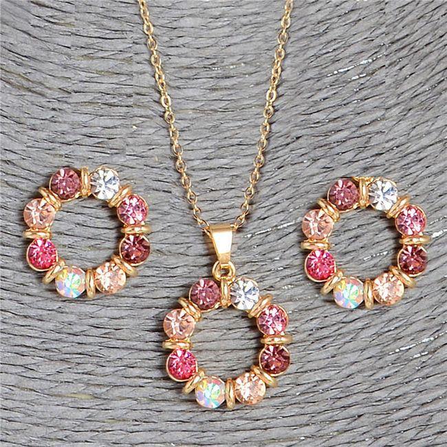 Sada šperků v něžném provedení 1