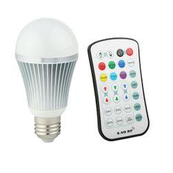 E27 LED žárovka měnící barvy s ovladačem - 9W