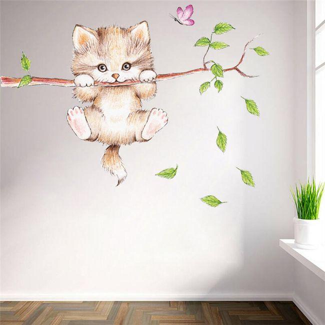 Naklejka ścienna - kotek na gałęzi 1