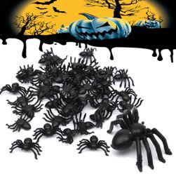 50 ks dekorací v podobě pavouků