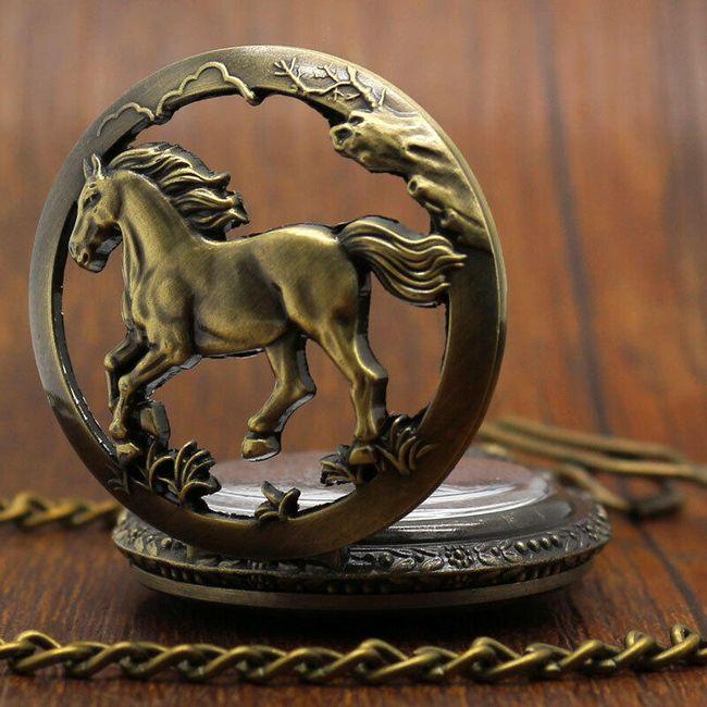 Kapesní hodinky s koněm 1