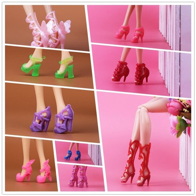 15 пар туфлей для куклы Barbie 1