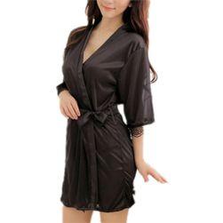 Лёгкий женский халат чёрного цвета