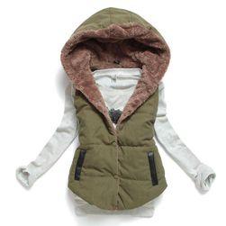 Женская жилетка с теплым мехом - зеленый цвет - размер M/L
