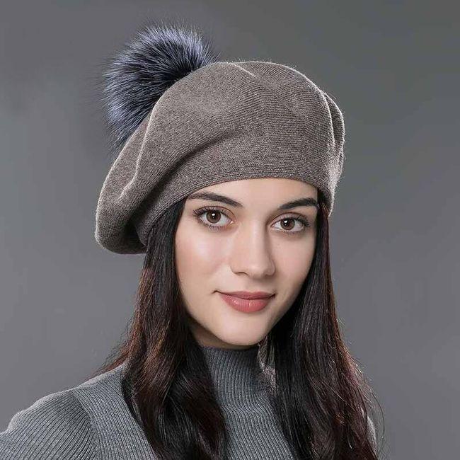 Damska zimowa czapka z pomponem Gina 1