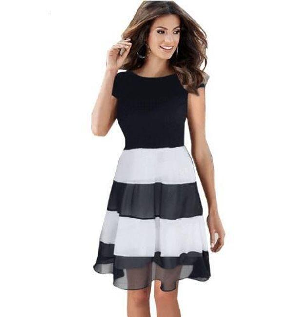 Módní černobílé šaty 1