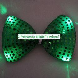 Svíticí zelený motýlek na oslavu St. Patrick´s day