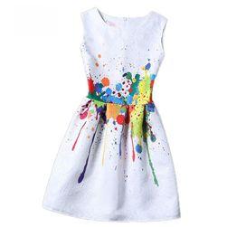 Dziewczęce sukienki bez rękawów z oryginalnym wzorem - 15 wariantów