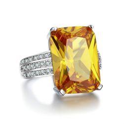Upadljivi ženski prsten