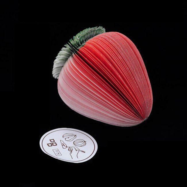 Papírový zápisníček ve tvaru jahody 1