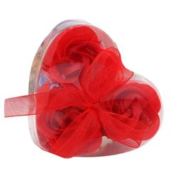 Rózsa alakú szappankészlet szív alakú csomagolásban
