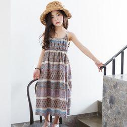 Dívčí šaty v bohémském stylu