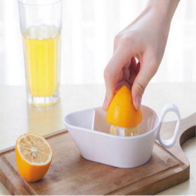 Ruční odšťavňovač na citrusy - 3 barvy 1